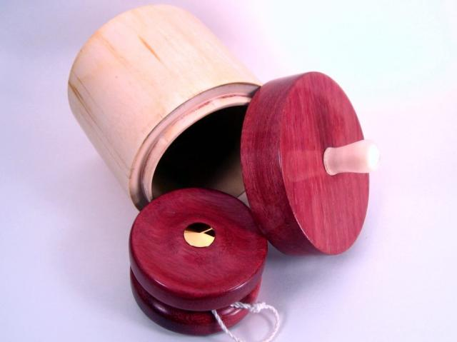 Purpleheart YoYo with Gold Hardware and