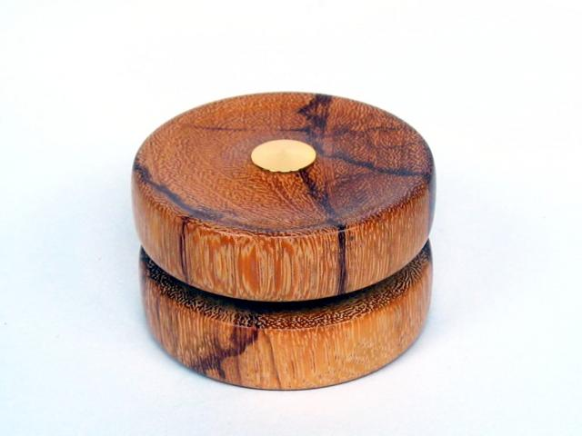 Marblewood Yo-Yo with Gold Hardware