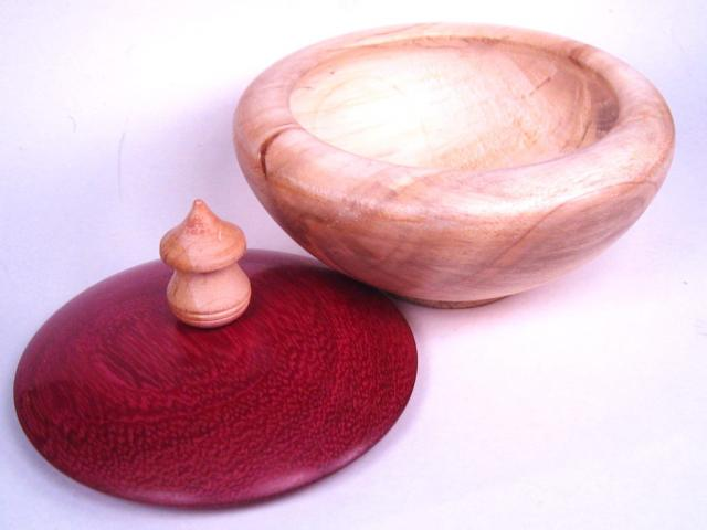 maple container with purple heart lid